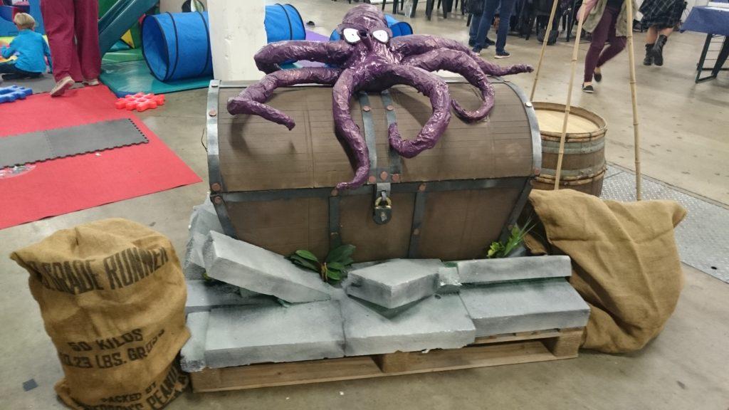 M. Poulpe gardant le trésor d'Octogone !
